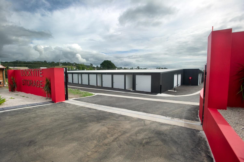 Locktite Storage Gate